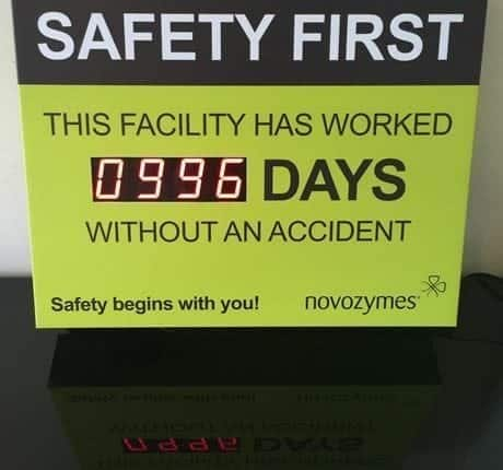 LED HEALTH AND SAFETY DISPLAY