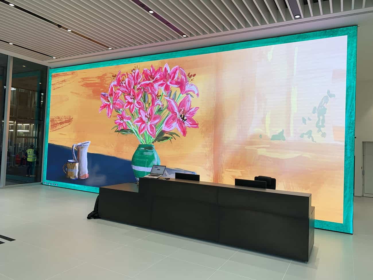 LED screen citypoint